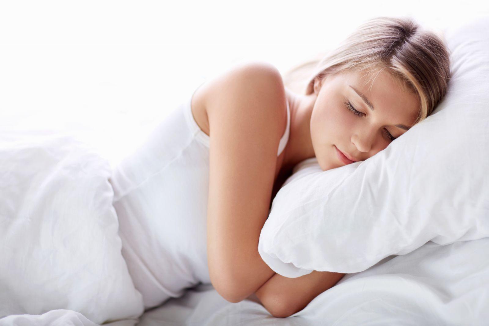 Ngủ đúng giờ đủ giấc để có một sức khỏe tốt