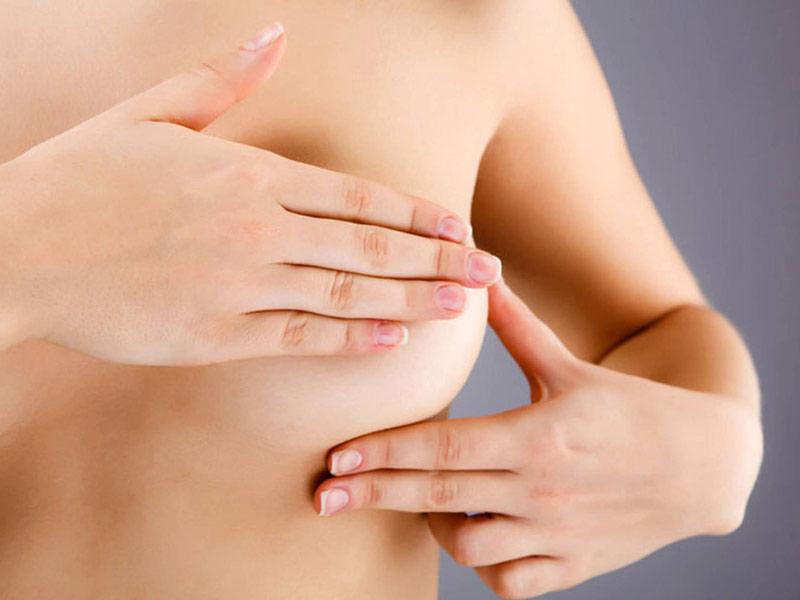 Cách massage vòng 1 chảy xệ hiệu quả ngay tại nhà