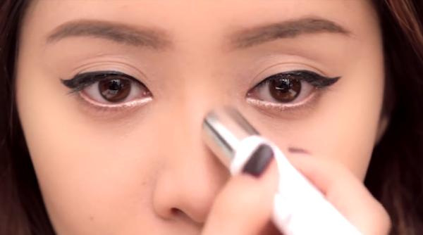 Cải thiện độ cao của mũi bằng phương pháp trang điểm
