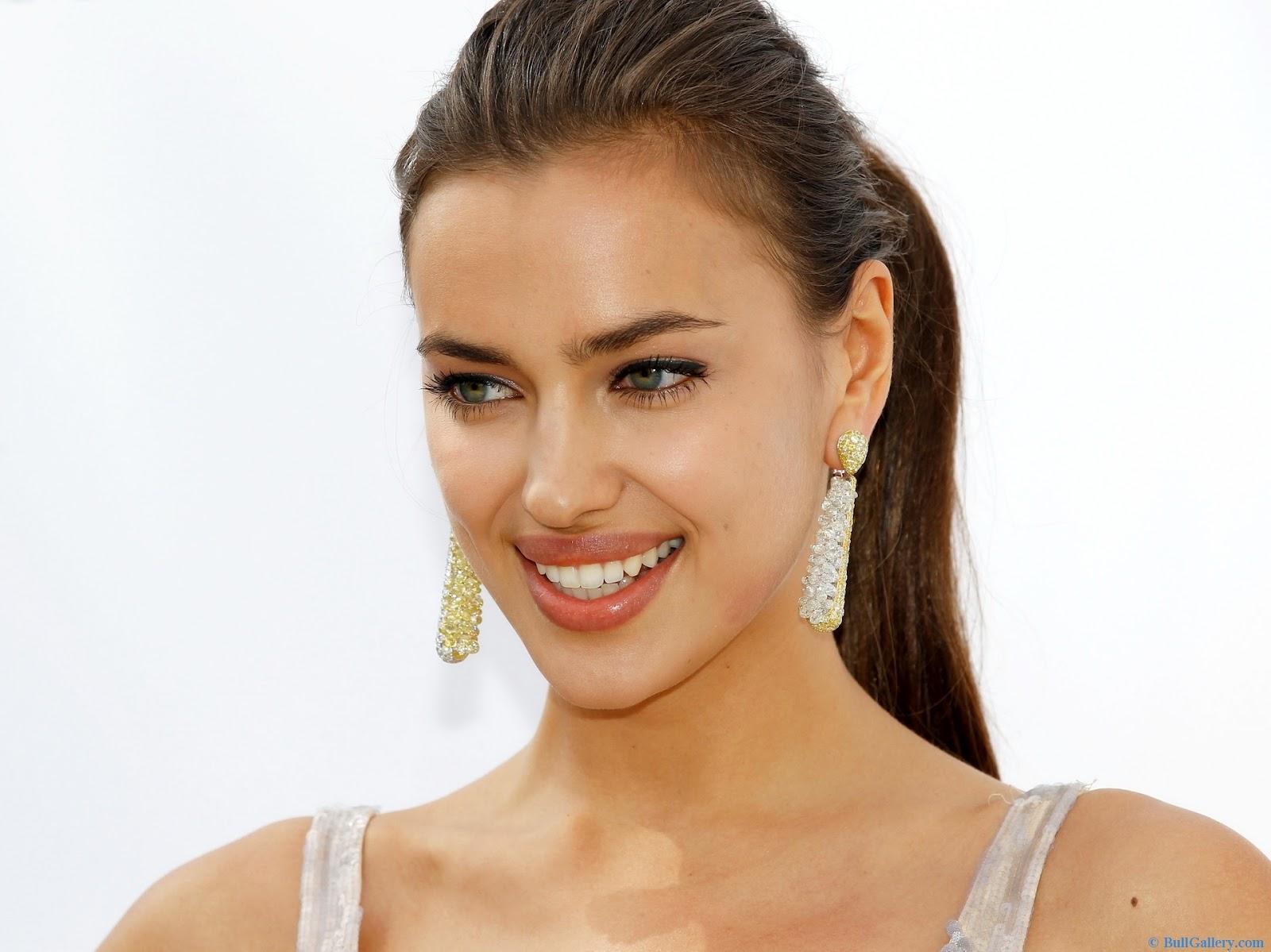 Vẻ đẹp gợi cảm của các ngôi sao Hollywood là hình mẫu của các cô gái trẻ