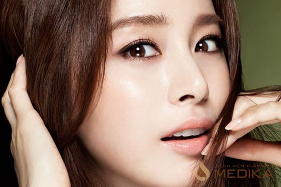 Phẫu thuật cắt mắt 2 mí Hàn Quốc đẹp tự nhiên