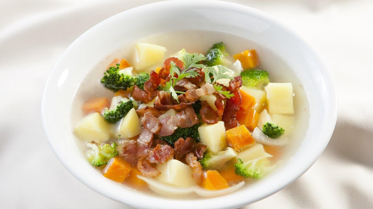 Trong tuần đầu tiên độn cằm bạn nên lựa chọn các đồ ăn dạng lỏng hoặc mềm