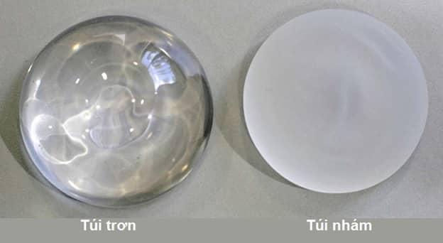 Loại túi độn được sử dụng trong nâng vòng 1 nội soi dạng gel có bề mặt nhám hoặc trơn.