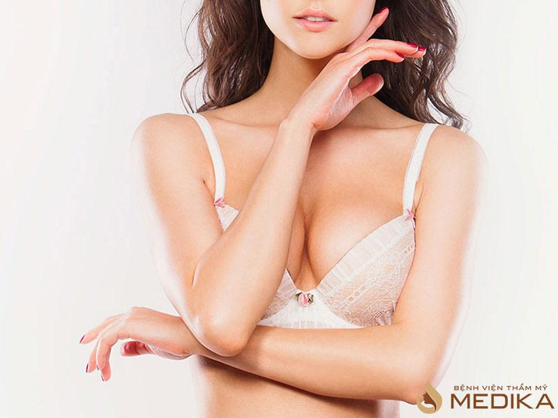 Công nghệ nâng ngực đẹp tự nhiên và an toàn còn nhiều tranh cãi