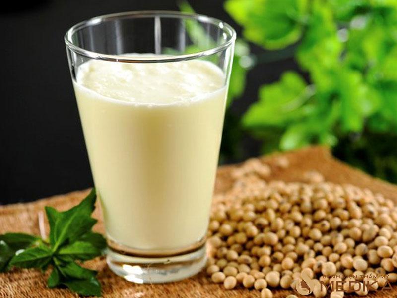 Sữa đậu nành cung cấp đạm thực có vai trò như một chất chống oxy hóa