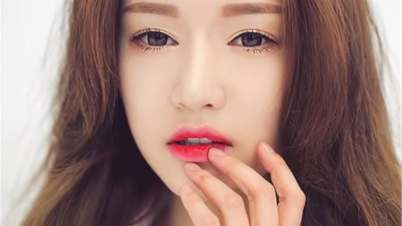 Phun xăm môi bao lâu thì có thể dùng son?