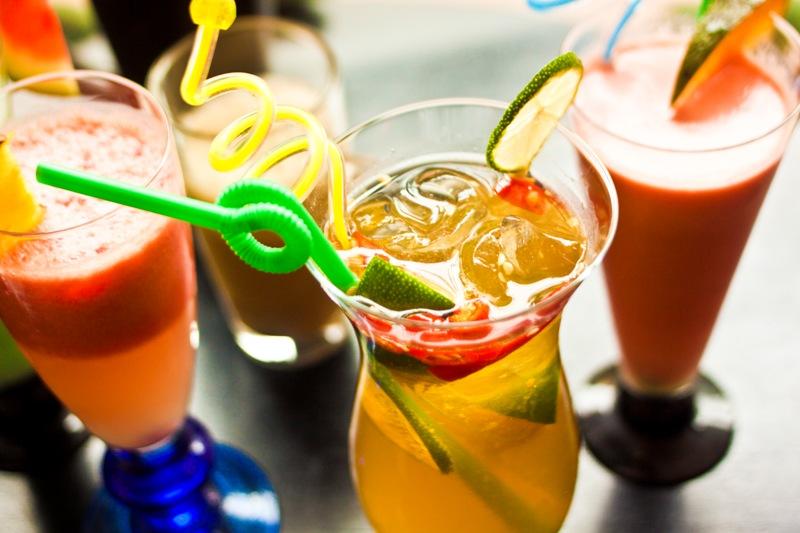 Hạn chế sử dụng các loại đồ uống có màu