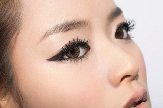 Những mẫu phun mí mắt đẹp dành cho các cô nàng tại Bệnh viện thẩm mỹ MEDIKA