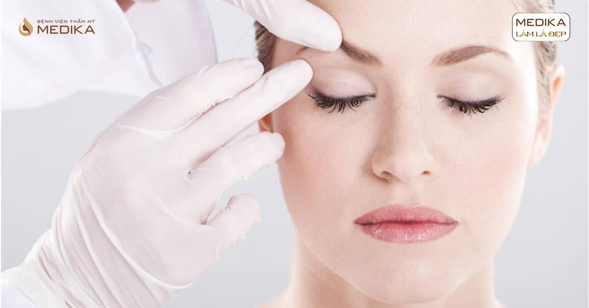 Lấy mỡ mí mắt trên - Giải pháp lấy lại tuổi xuân cho đôi mắt ở bệnh viện thẩm mỹ MEDIKA