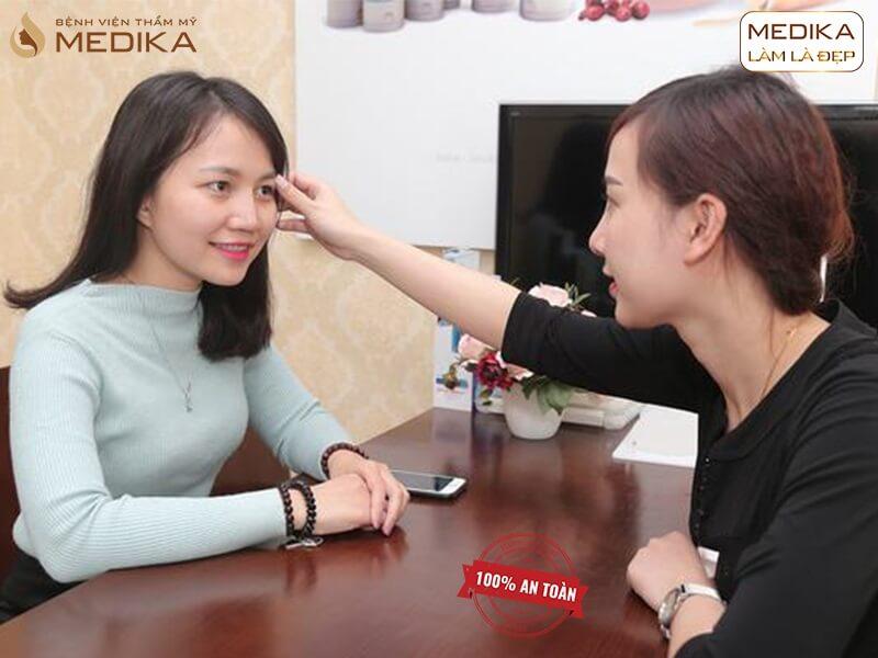 Bí quyết thực hiện bấm mí mắt Hàn Quốc thành công - MEDIKA.vn