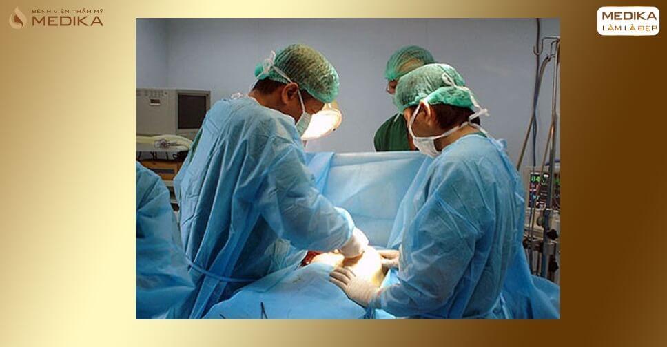 Những điều cần ghi nhớ khi phẫu thuật nâng ngực - MEDIKA.vn
