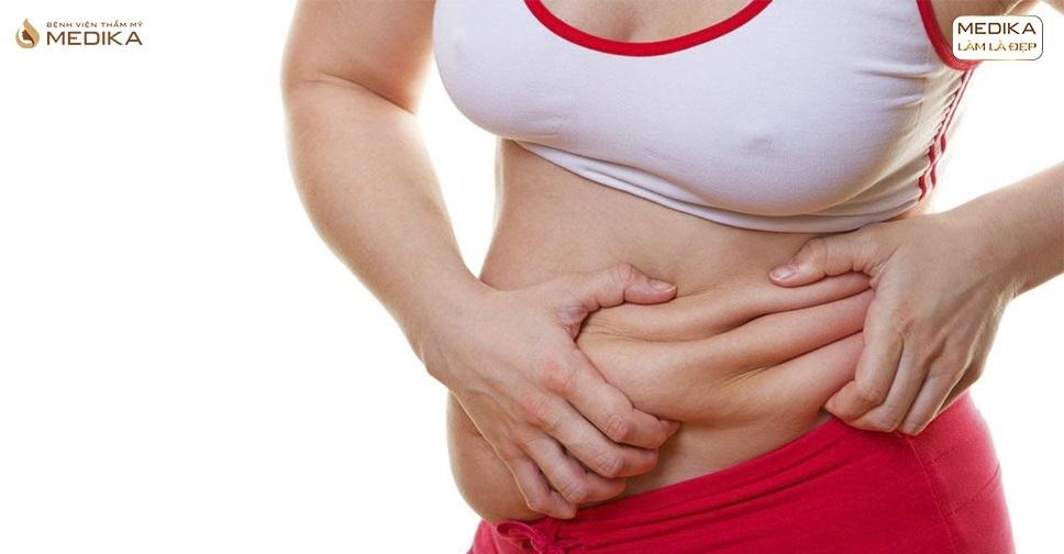 Tại sao hút mỡ bụng giám số đo nhưng không giảm cân nặng?