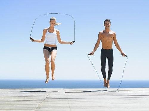 Nhảy dây - Bài tập giảm mỡ lưng cho nữ