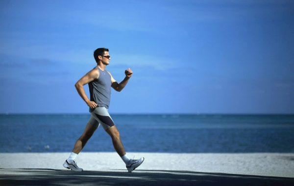 Đi bộ nhanh trong thời gian 30 phút