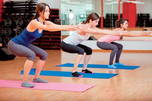 Bài tập giảm cân Squat đơn giản