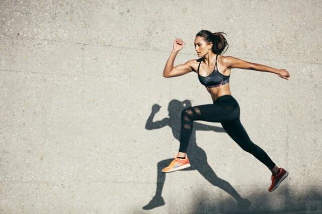 chạy bộ giúp giảm mỡ bụng