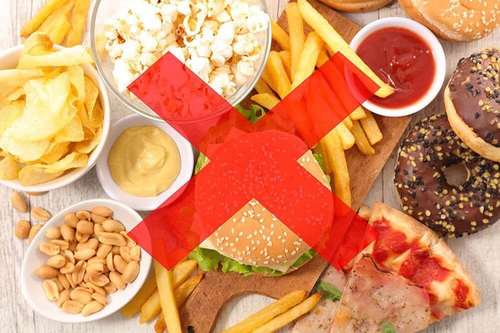 Thực hiện chế độ ăn uống ít dầu mỡ
