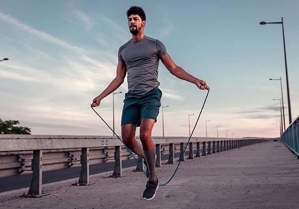 giảm mỡ đùi siêu cấp với động tác nhảy dây