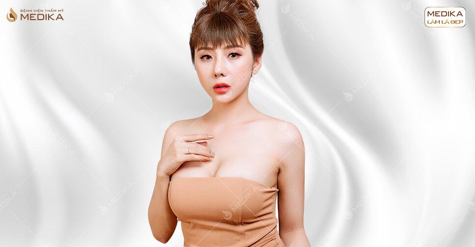Nâng ngực nên chọn túi độn vỏ trơn hay vỏ nhám ở MEDIKA.vn?